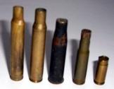 Régi pisztoly és puska töltényhüvelyek