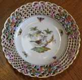 Számozott herendi Rothschild tányér eladó.