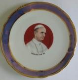 VI. Pál pápát ábrázoló Porcelán dísztányér